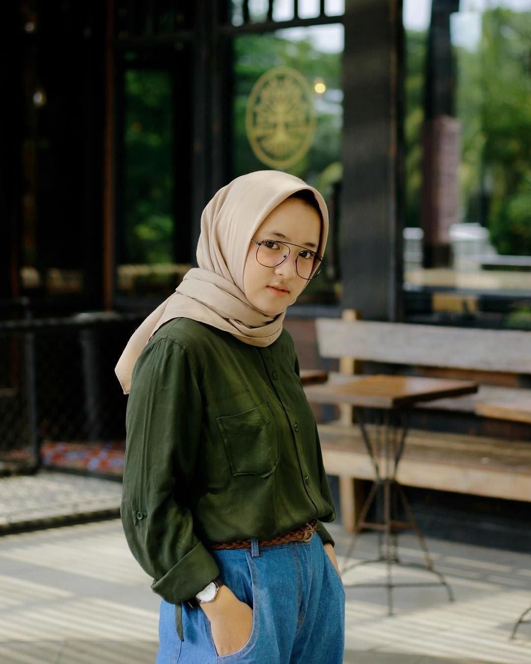 Design Baju Lebaran Ala Nissa Sabyan Fmdf 10 Gaya Berpakaian Nissa Sabyan Yang Bisa Kamu Tiru Untuk