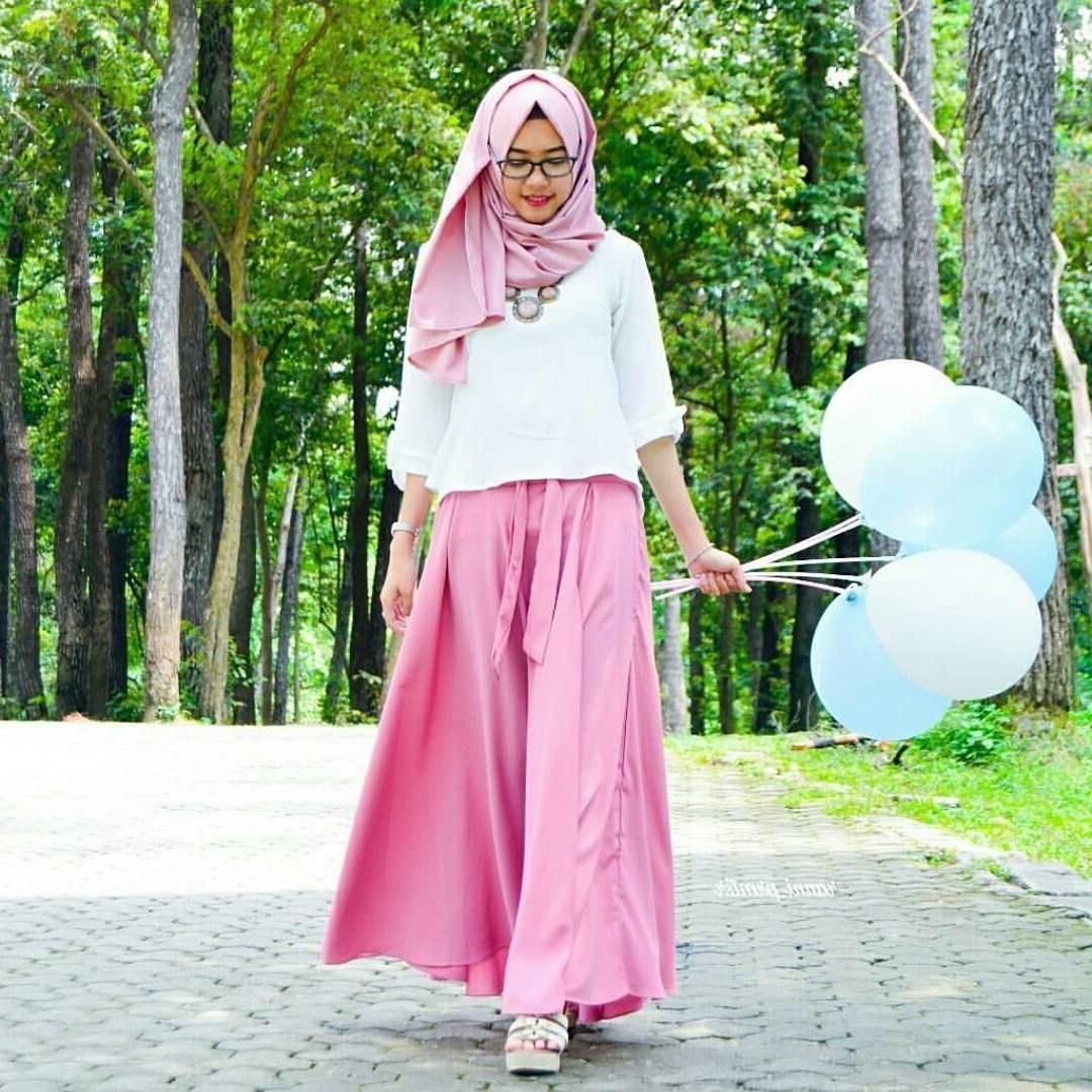 Design Baju Lebaran Celana Dan atasan Txdf 18 Model Baju Muslim Terbaru 2018 Desain Simple Casual