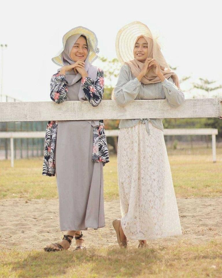 Design Baju Lebaran Masa Kini E6d5 Fashion Hijab Remaja Terbaru 2018 Gaya Masa Kini Teman