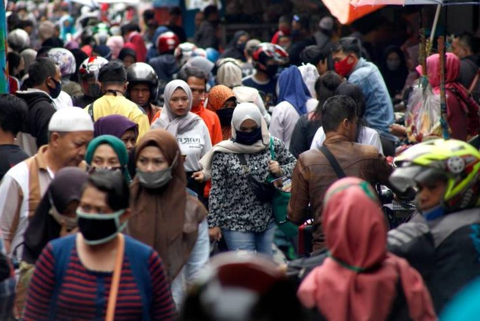 Design Baju Lebaran Ridwan Kamil J7do Sehari 1 000 Pasien Positif Corona Ridwan Kamil Akibat