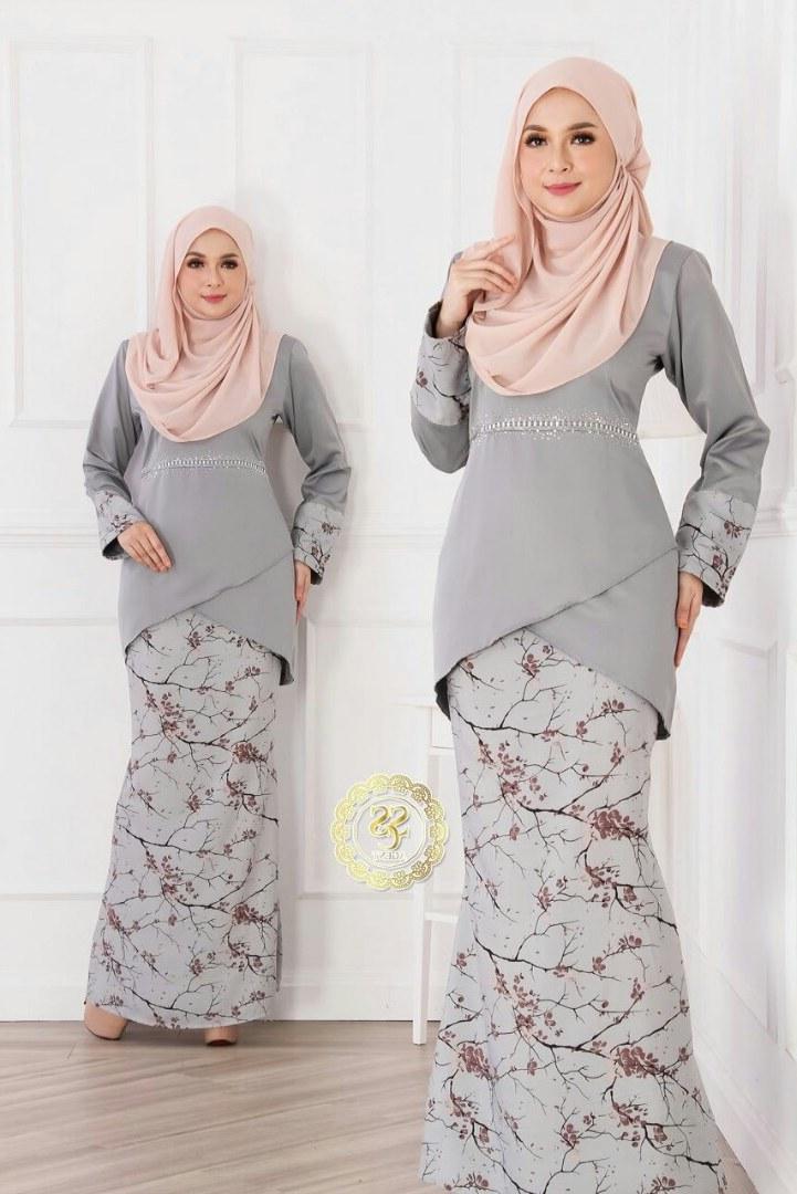 Design Baju Lebaran Terkini Zwdg Ide Populer 38 Baju Raya Artis 2019
