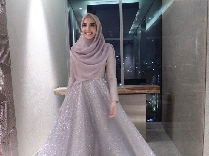 Design Baju Lebaran Zaskia Sungkar 4pde Ini Tren Baju Lebaran Menurut Zaskia Sungkar