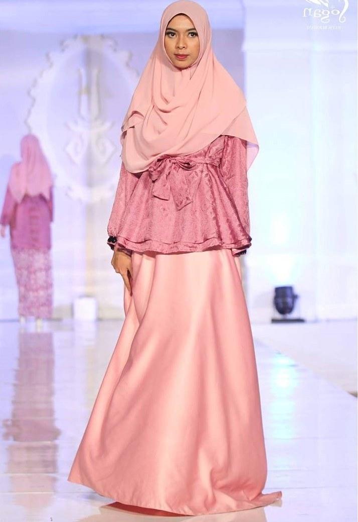 Design Model Baju Lebaran 2018 Wddj 20 Trend Model Baju Muslim Lebaran 2018 Casual Simple Dan