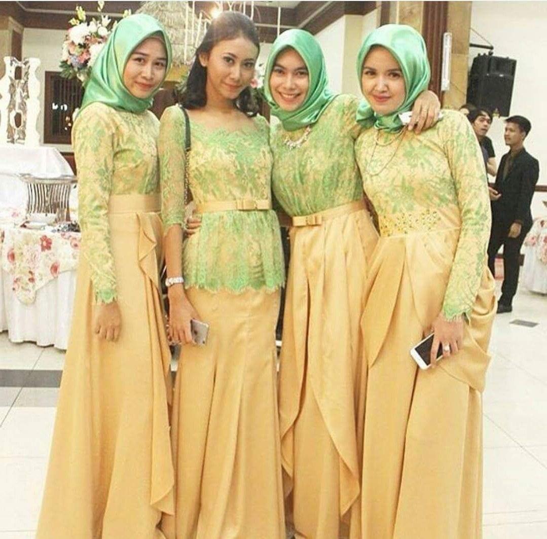 Design Model Baju Lebaran Seragam Keluarga E6d5 Model Kebaya Seragam Muslimah Trend 2016 Pernikahan Acara