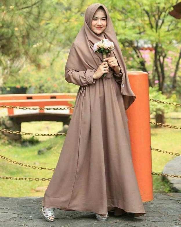 Design Model Baju Lebaran Syar'i 2019 Zwd9 12 Tren Fashion Baju Lebaran 2019 Kekinian tokopedia Blog