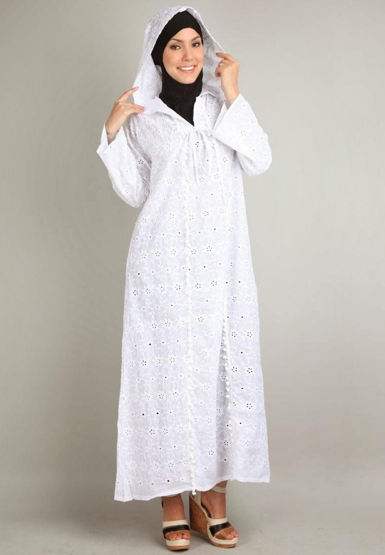 Design Model Baju Lebaran Warna Putih S1du Model Terbaru Baju Muslim Syahrini Edisi Lebaran
