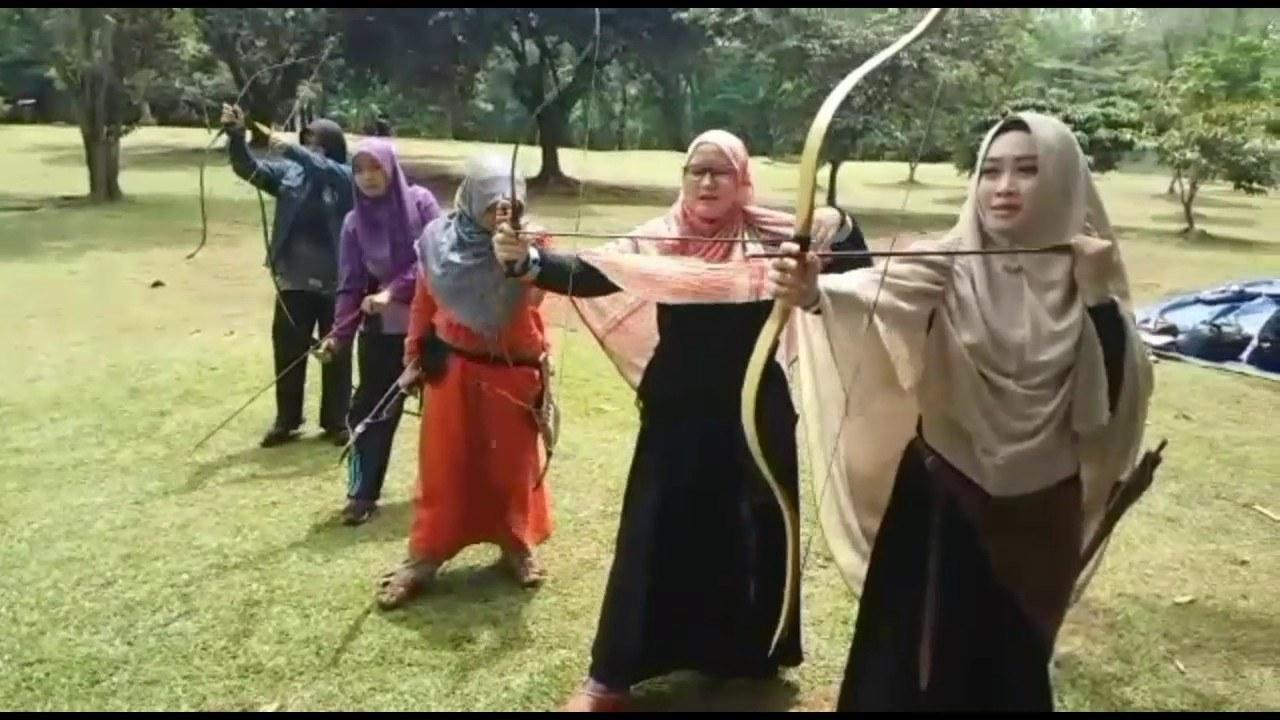 Design Muslimah Bercadar Memanah H9d9 Panahan Wanita Muslimah Pemula
