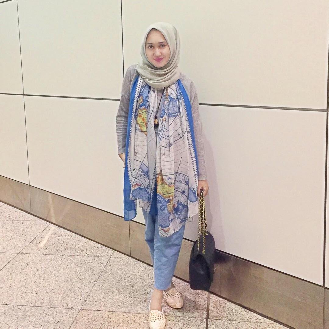 Ide Baju Lebaran Dian Pelangi E6d5 10 Model Baju Muslim Dian Pelangi Terbaik