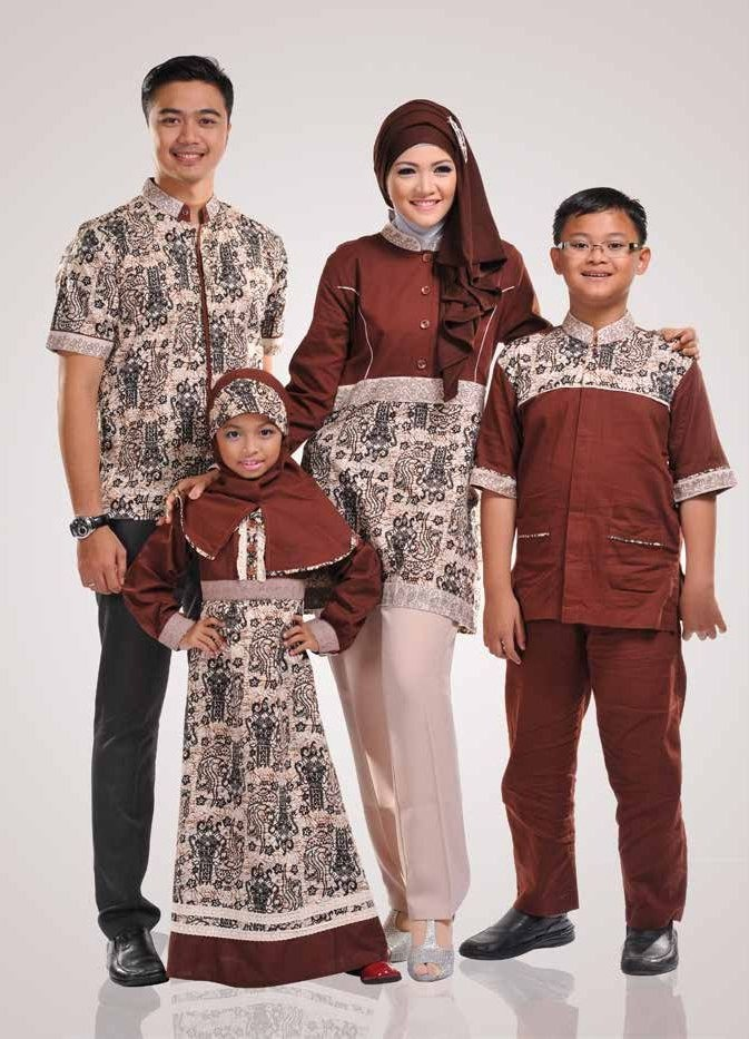 Ide Baju Lebaran Sekeluarga Mndw 10 Model Baju Muslim Sekeluarga Couple Modern Terbaru 2017