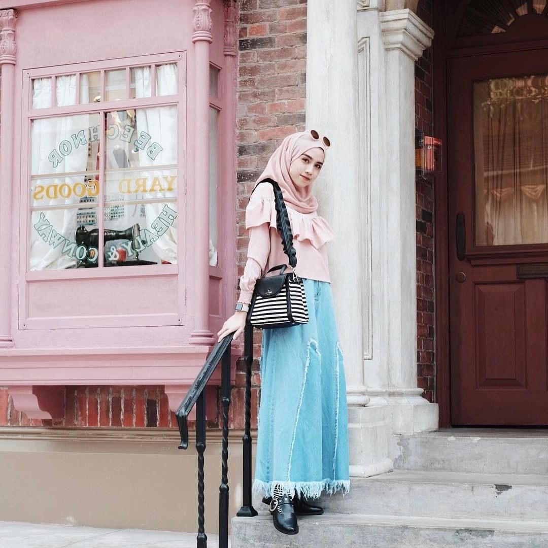 Ide Fashion Muslim Terbaru Bqdd 40 Inspirasi Desain Busana Muslim Remaja Terbaru 2018