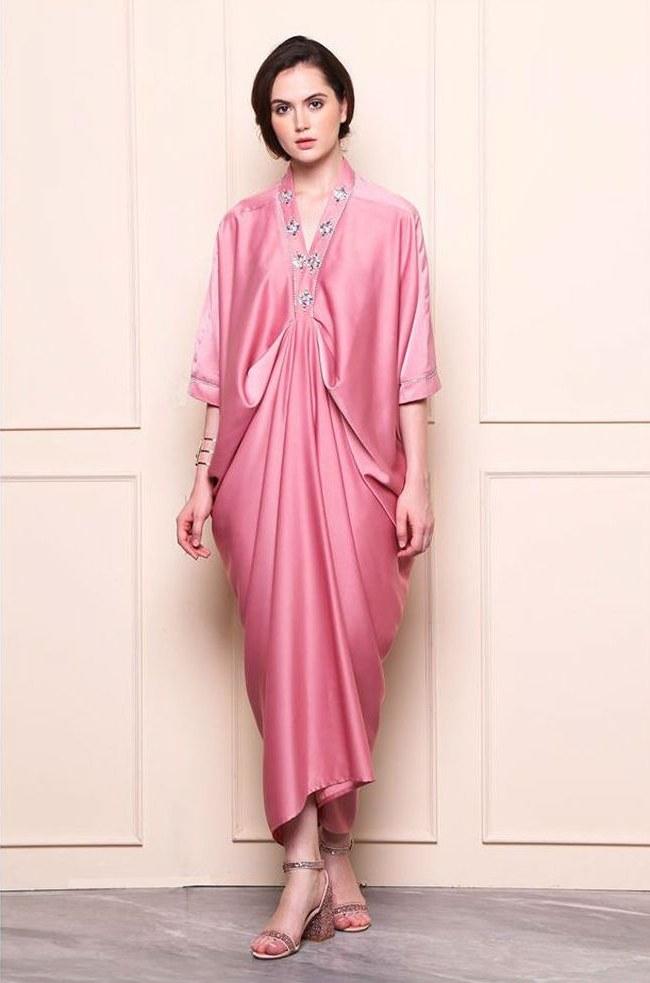 Ide Foto Baju Lebaran Terbaru S1du Foto 10 Inspirasi Baju Kaftan Untuk Hari Lebaran