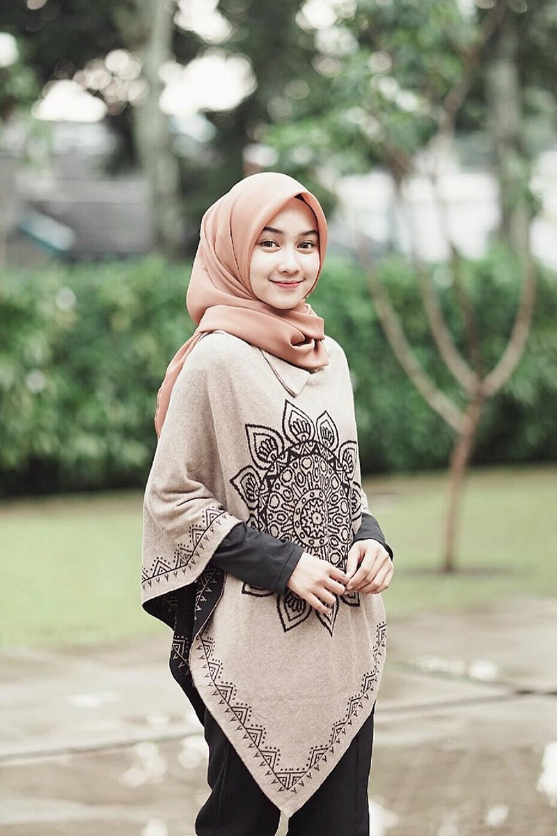 Ide Trend Baju Lebaran Tahun 2019 S5d8 Tampil Cantik Dan Beda Dengan 7 Trend Baju Lebaran Hijab