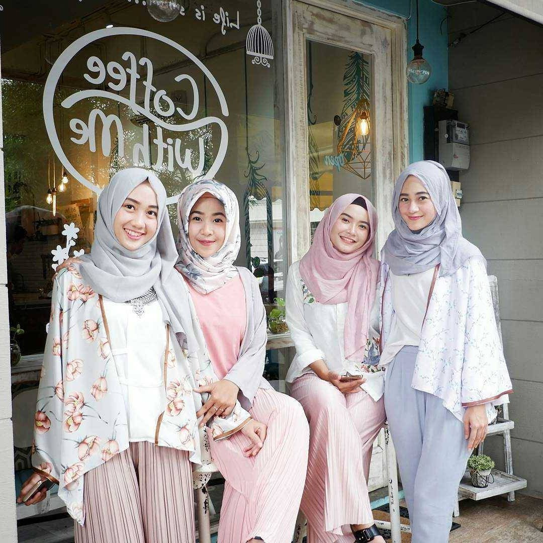 Inspirasi Baju Lebaran atasan 2018 Irdz 17 Model Baju atasan Muslim 2018 original Desain Trendy