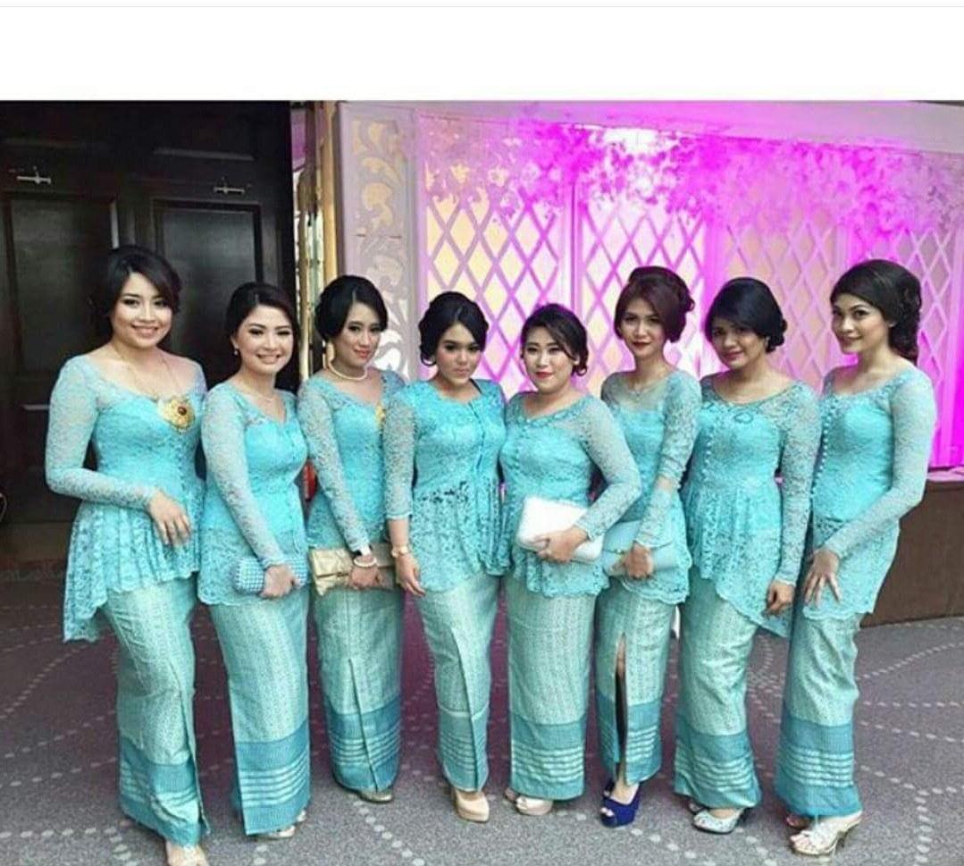 Inspirasi Baju Lebaran Keluarga Warna Biru Q0d4 Model Kebaya Seragam Trend 2020 Untuk Pernikahan Acara