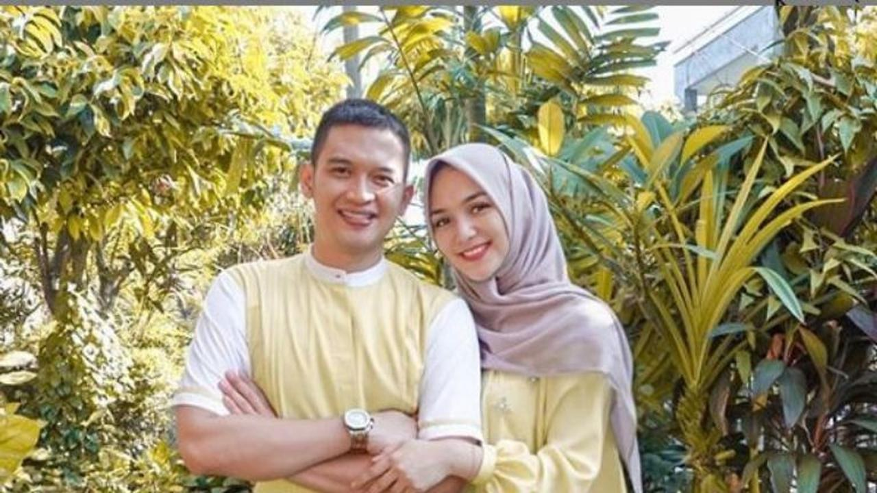 Inspirasi Baju Lebaran Pasangan Suami istri Fmdf Sah Jadi Pasangan Suami istri Begini Potret 5 Artis