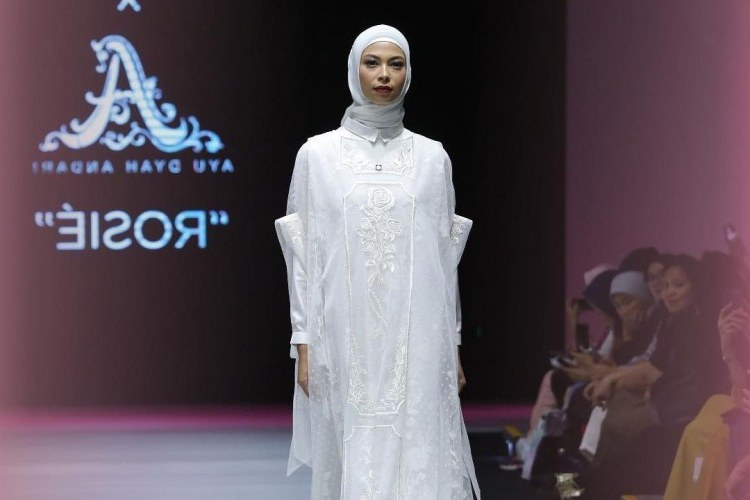 Inspirasi Baju Lebaran Wanita 2019 Dwdk 7 Model Dan Trend Baju Lebaran Terbaru Tahun 2019
