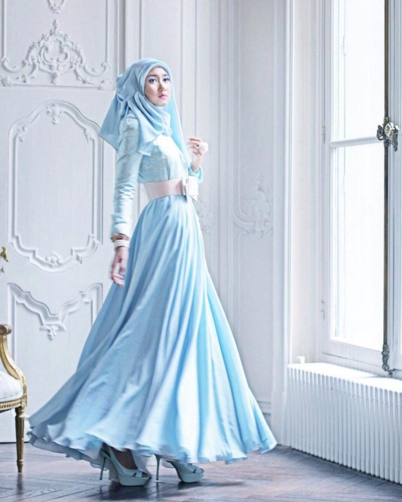 Inspirasi Model Baju Lebaran Dian Pelangi Whdr Busana Muslim Yang Cocok Untuk Menyambut Lebaran 2018