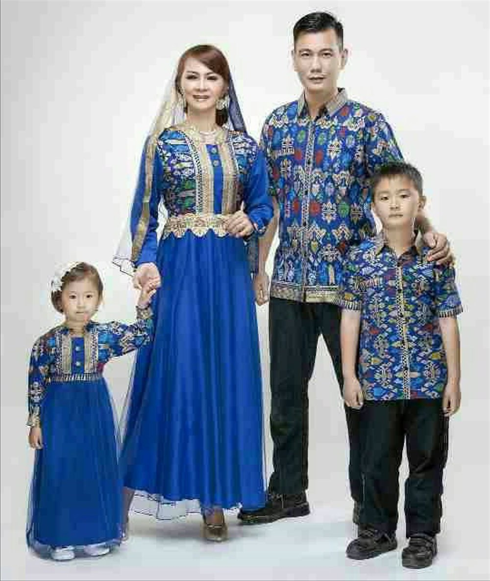 Model Baju Lebaran Keluarga Batik Ipdd Jual Baju Batik Sarimbit Keluarga Couple Family Dengan 2