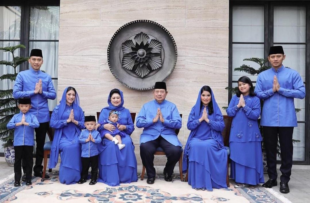 Model Baju Lebaran Keluarga Sby E9dx Ini Tradisi Lebaran Yang Ingin Dilestarikan Ani Yudhoyono