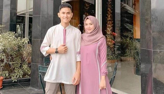 Model Baju Lebaran Pasangan Tldn 5 Model Baju Lebaran Terbaru 2019 Dari Anak Anak Sampai