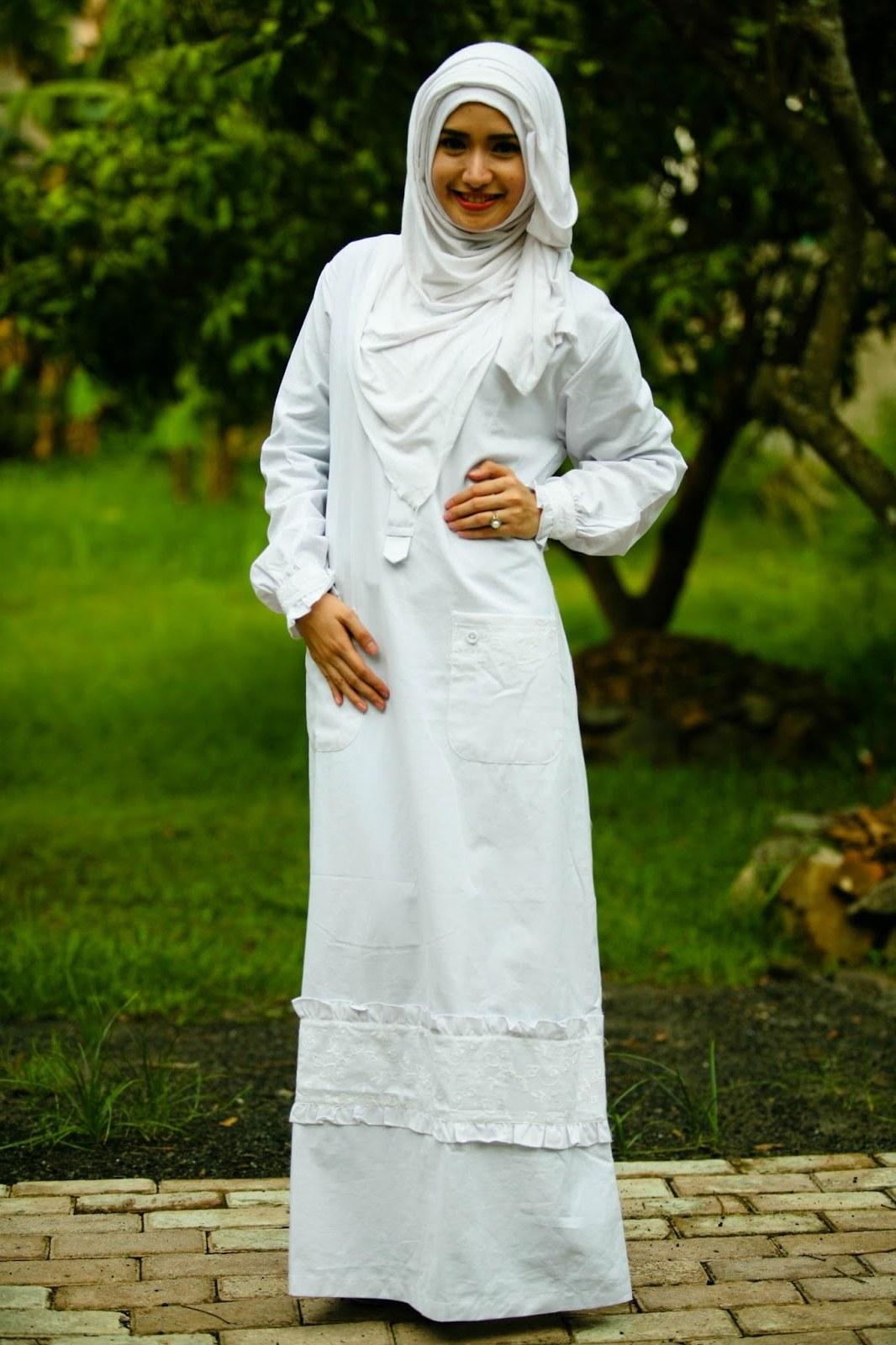 Model Baju Lebaran Putih D0dg Model Gamis Putih Untuk Lebaran