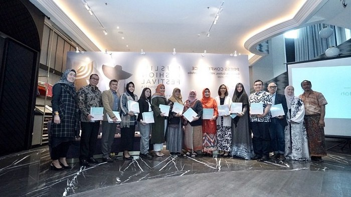 Model Fashion Muslim 2020 0gdr Muffest 2020 Langkah Indonesia Jadi Kiblat Tren Fashion