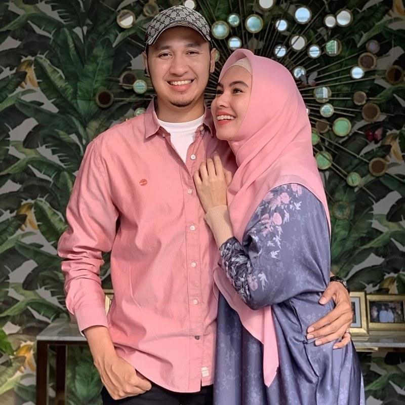 Model Inspirasi Baju Lebaran Keluarga 2019 Qwdq Meriahkan Idul Fitri Ini 5 Inspirasi Baju Lebaran Kompak