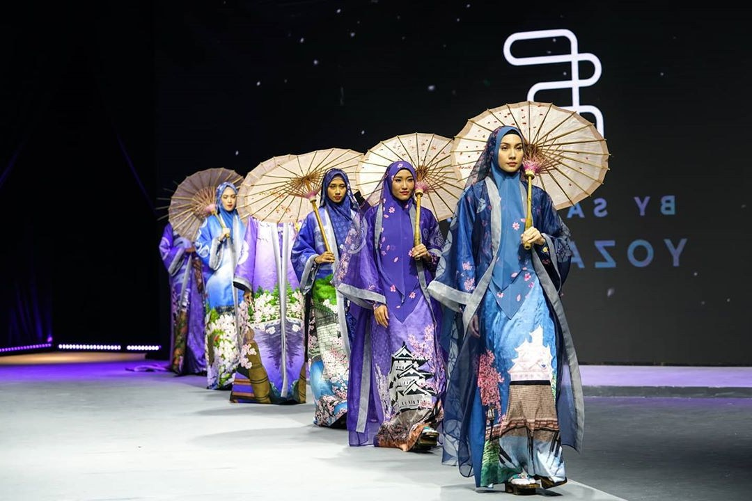 Model Model Baju Lebaran Thn 2020 3id6 Inspirasi Model Baju Lebaran 2020 Dari Para Desainer