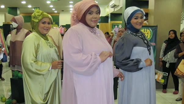 Contoh-Model-Baju-Gamis-Untuk-Orang-Gemuk-Pendek-1.jpg