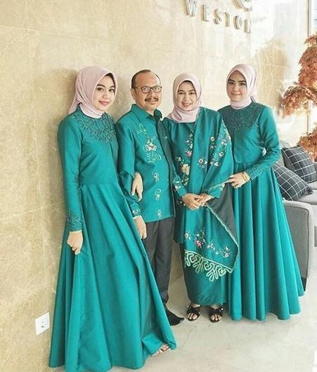 Baju-Lebaran-Couple-Keluarga-2019.jpg