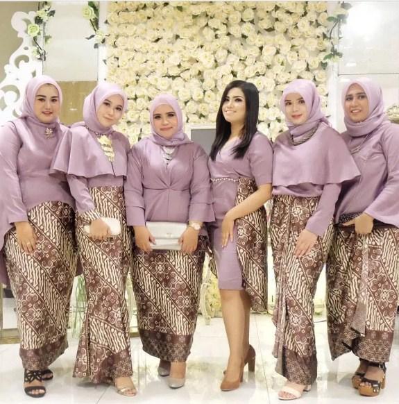 Model-Kebaya-Muslim-Terbaru-Untuk-Orang-Gemuk.jpg