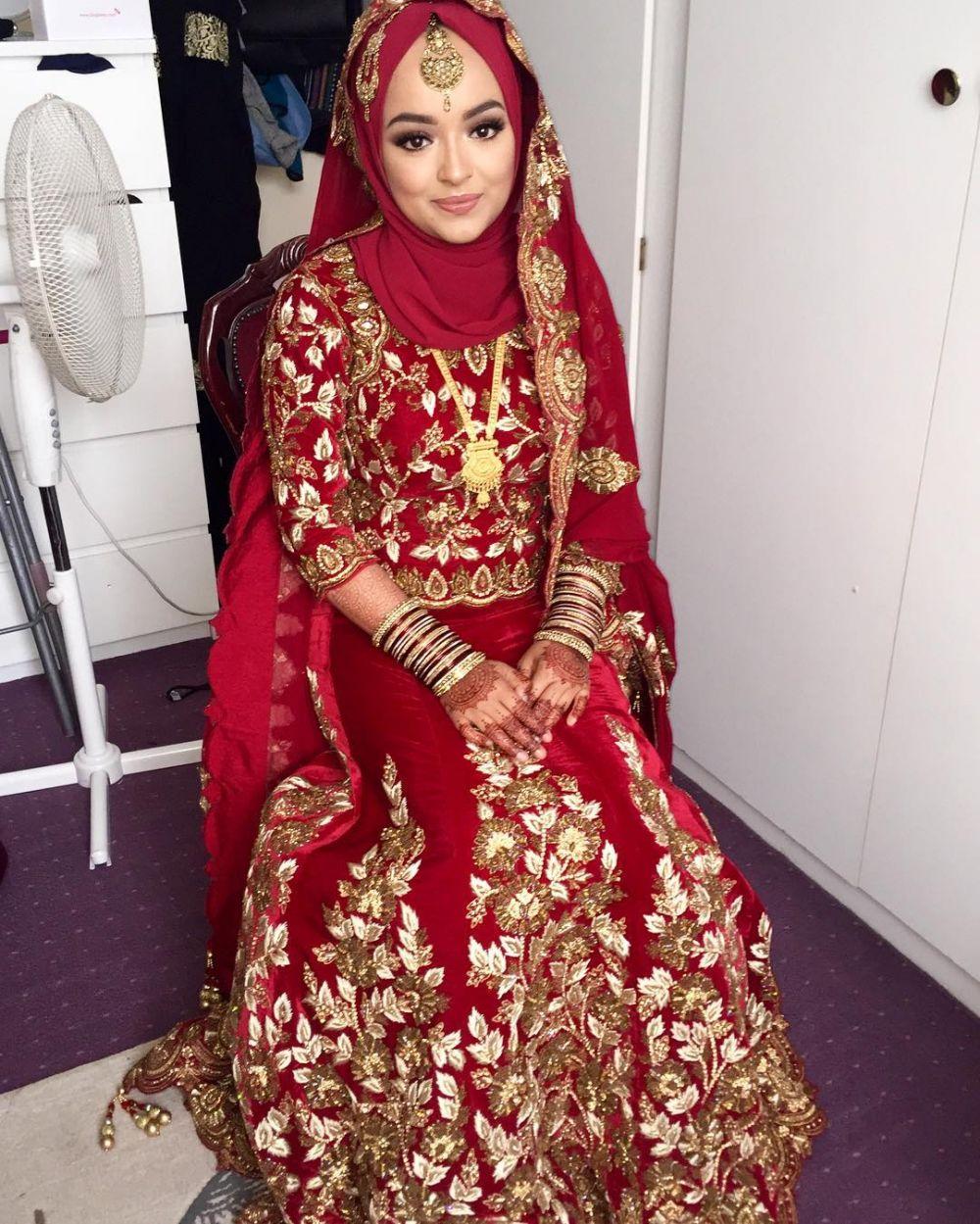 957323-1000xauto-baju-pengantin-india-berhijab.jpg