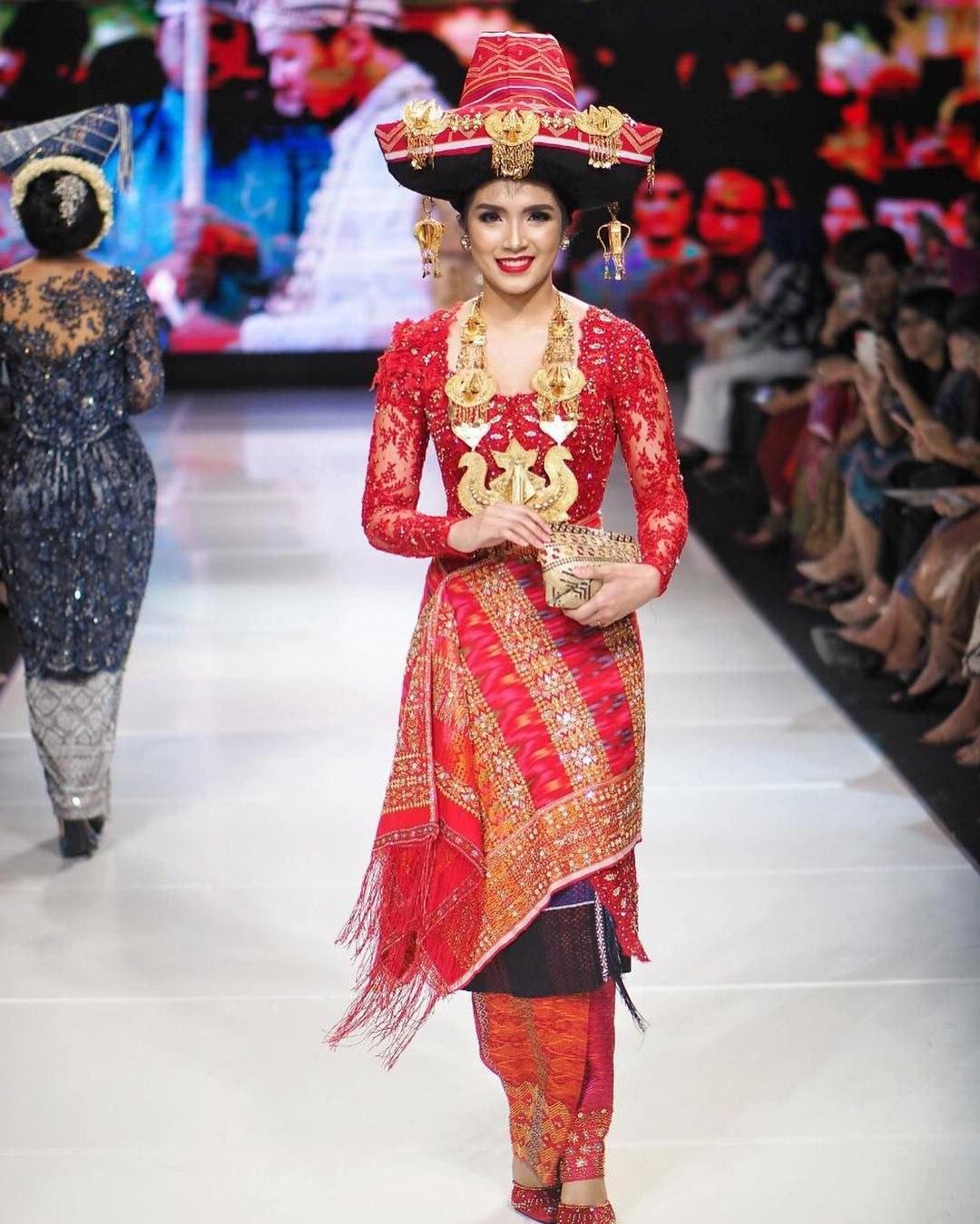 Bentuk Baju Kebaya Pengantin Muslim Tqd3 15 Busana Adat Batak