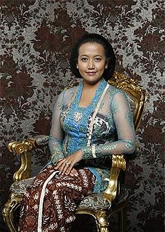 Bentuk Baju Pengantin Muslimah Modern 2014 8ydm Kebaya