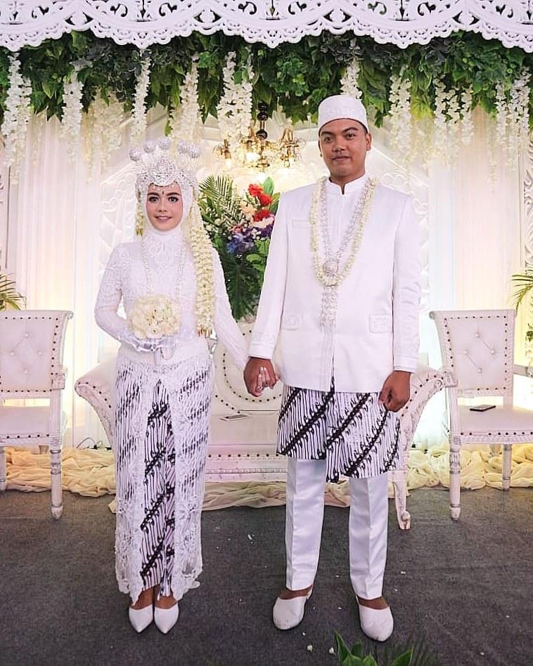 Bentuk Baju Pengantin Sunda Muslim 87dx Posts Tagged as Sewagaunakad