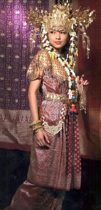 Bentuk Baju Pengantin Sunda Muslim Etdg National Costume Of Indonesia Wikiwand