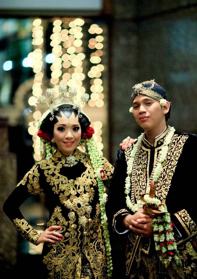 Bentuk Baju Pengantin Sunda Muslim Thdr Adat Jawa Hijab