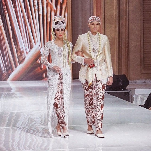 Bentuk Baju Pengantin Sunda Muslim U3dh Hasil Gambar Untuk Baju Pengantin Sunda