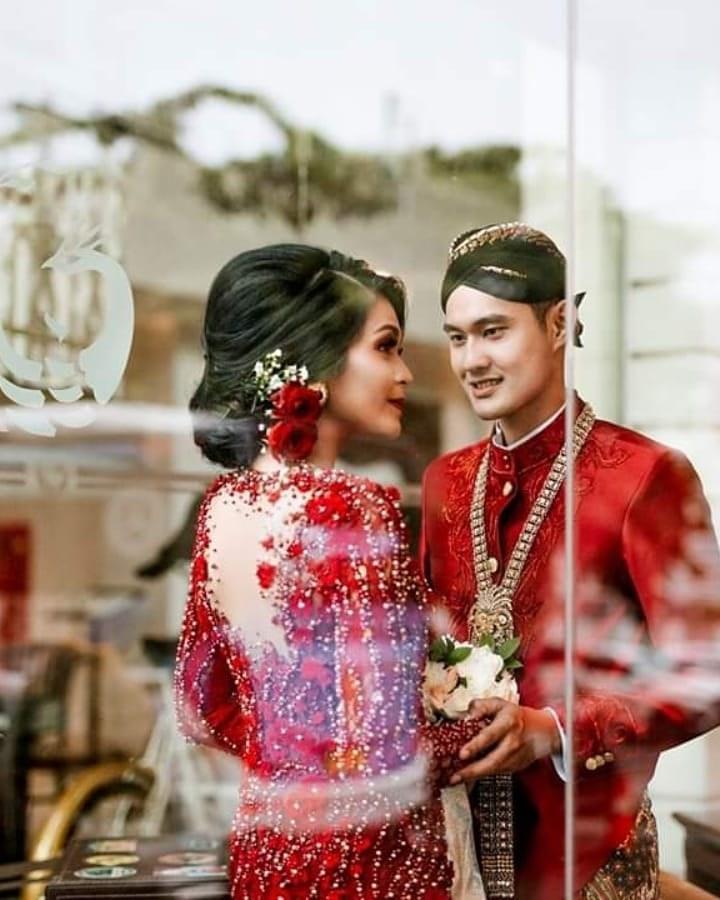 Bentuk Gaun Pengantin Muslimah Warna Merah Marun 4pde 50 Model Kebaya Pengantin Modern Muslim Akad 2020