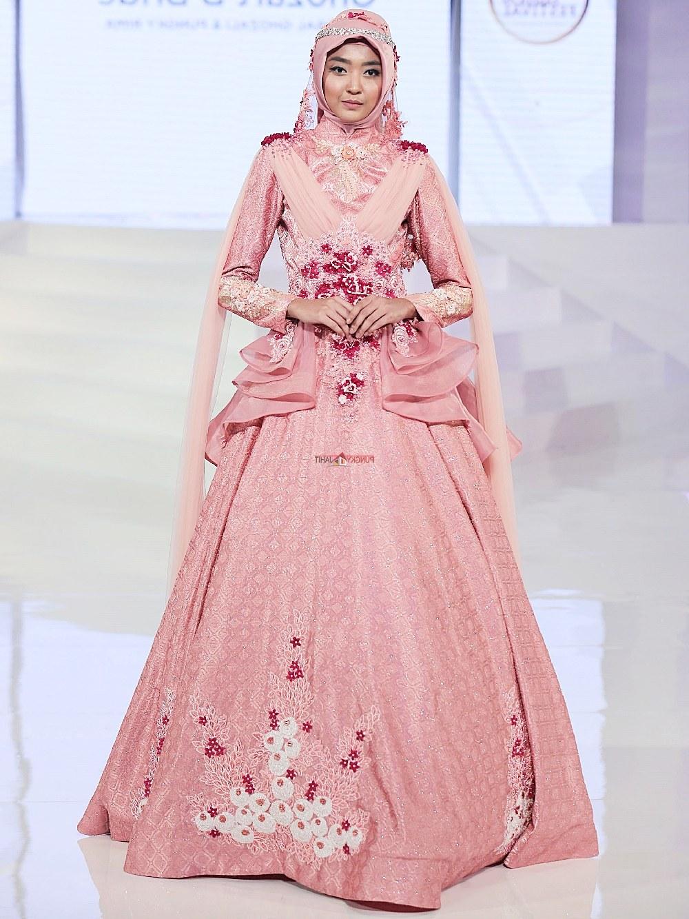 Bentuk Harga Sewa Gaun Pengantin Muslimah Budm Sewa Perdana Baju Pengantin Muslimah Jogja Gaun Pengantin