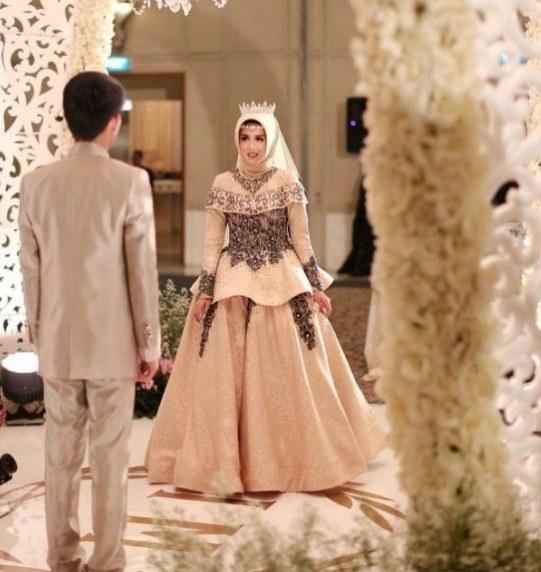 Bentuk Kebaya Pernikahan Muslimah Terindah Tqd3 Konsep top Baju Pengantin Muslimah Cantik Baju Pengantin
