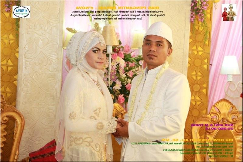 Bentuk Sewa Gaun Pengantin Muslimah Di solo Dwdk Rias Pengantin Muslimah Bekasi by Rias Pengantin Bekasi