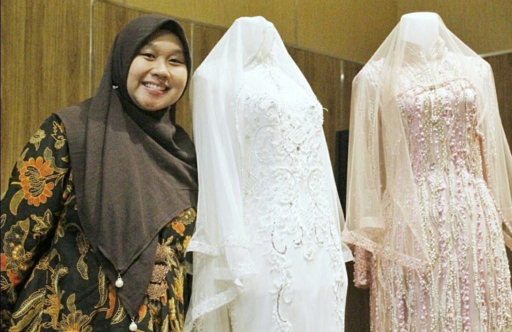 Bentuk Sewa Gaun Pengantin Muslimah Zwd9 Laksmi Muslimah solusi Sewa Busana Pengantin Muslimah Syar