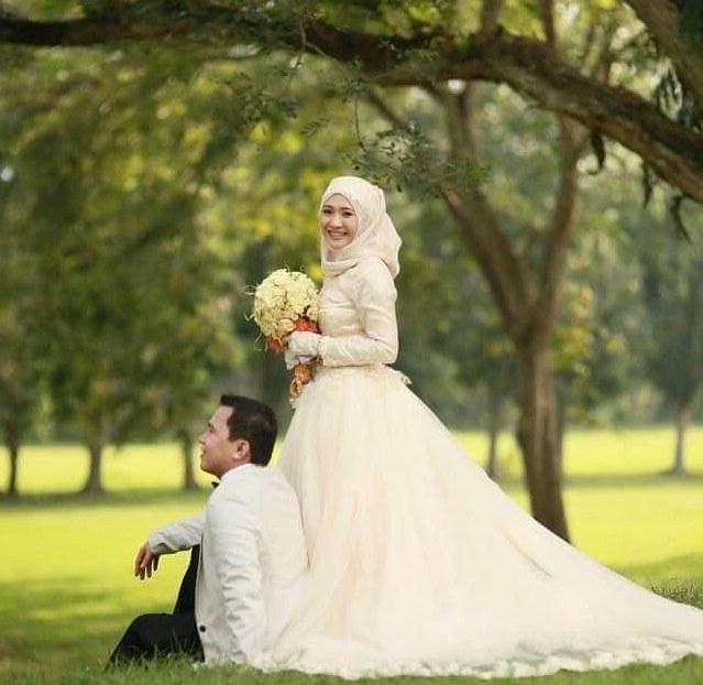 Design Baju Pengantin Muslim Couple Ffdn Pin by Nadia Putri On Muslim Wedding Couple