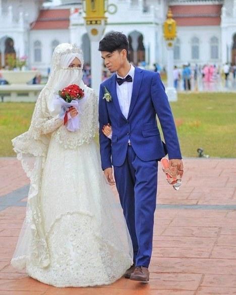 Design Baju Pengantin Muslimah Bercadar E6d5 Cicacolection
