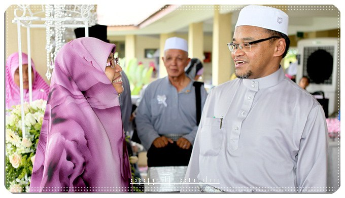 Design Baju Pengantin Muslimah Rabbani 4pde Tpm Hadir Majlis Perkahwinan Anak Ust Nasharuddin Mat isa