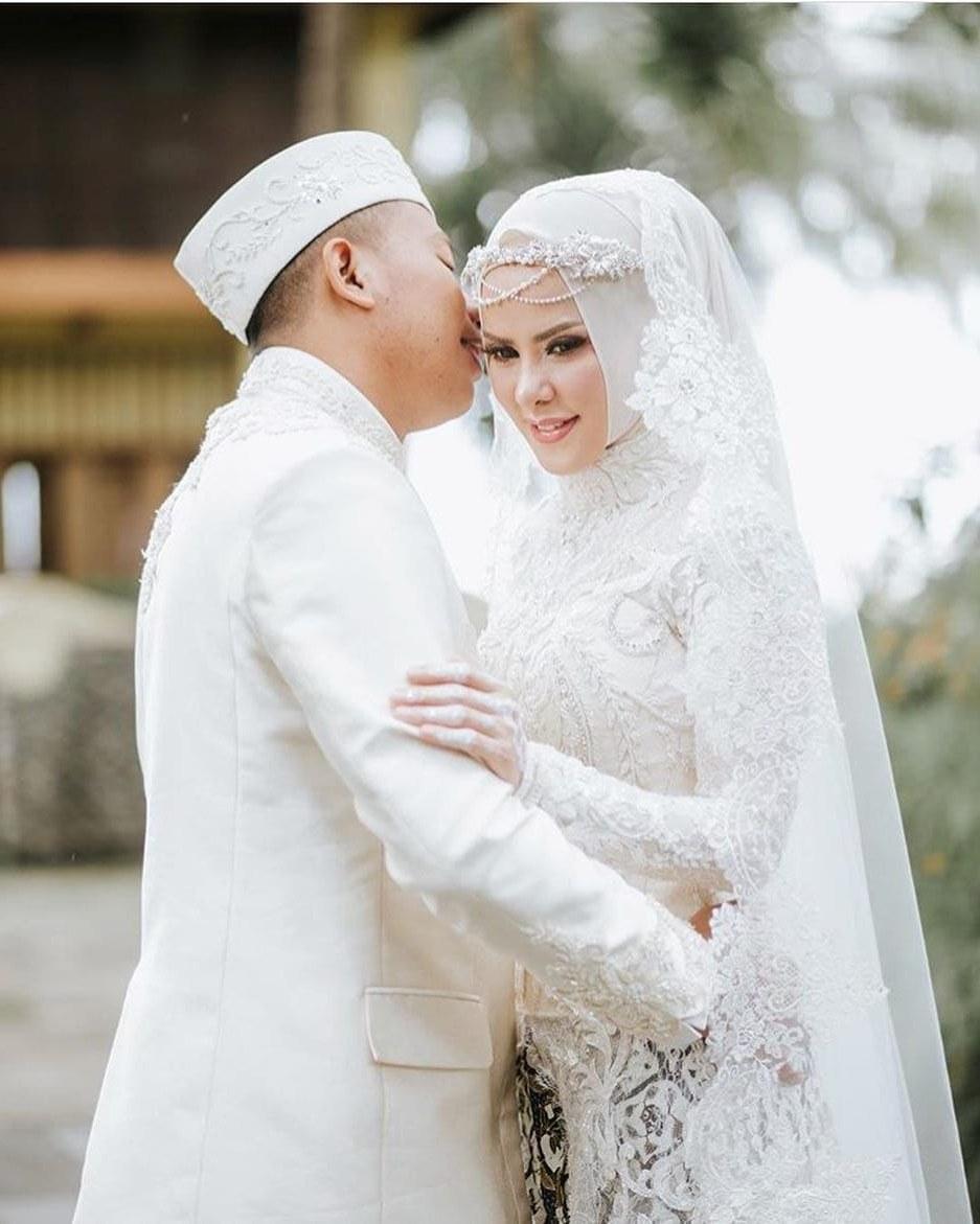 Design Baju Resepsi Pernikahan Muslimah Fmdf Akad