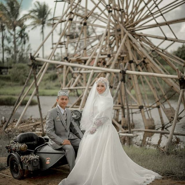 Design Baju Resepsi Pernikahan Muslimah Zwdg Moslemweding Instagram Posts Photos and Videos Instazu