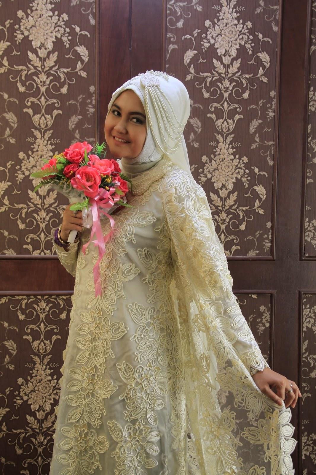 Design Foto Gaun Pengantin Muslimah Irdz Padme Wedding Dress Confessions Of A Seamstress the