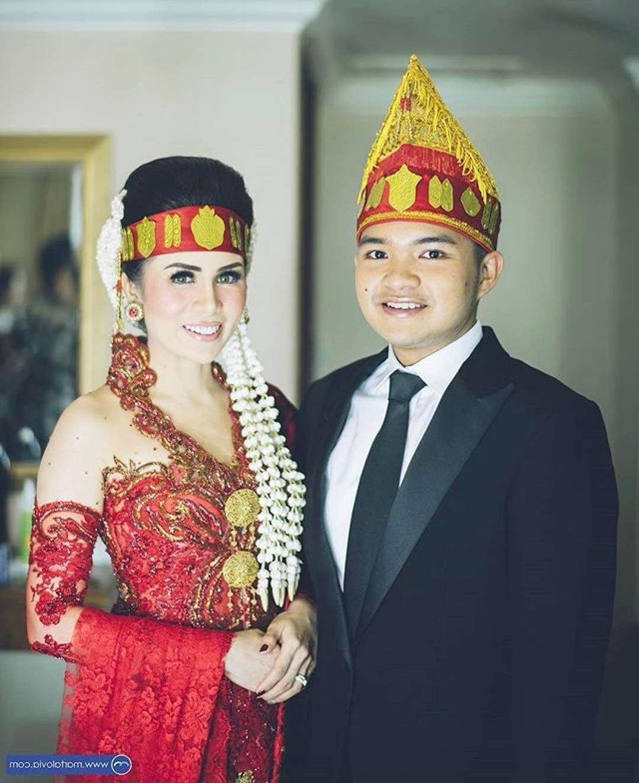 Design Gaun Pasangan Pengantin Muslim Gdd0 15 Busana Adat Batak